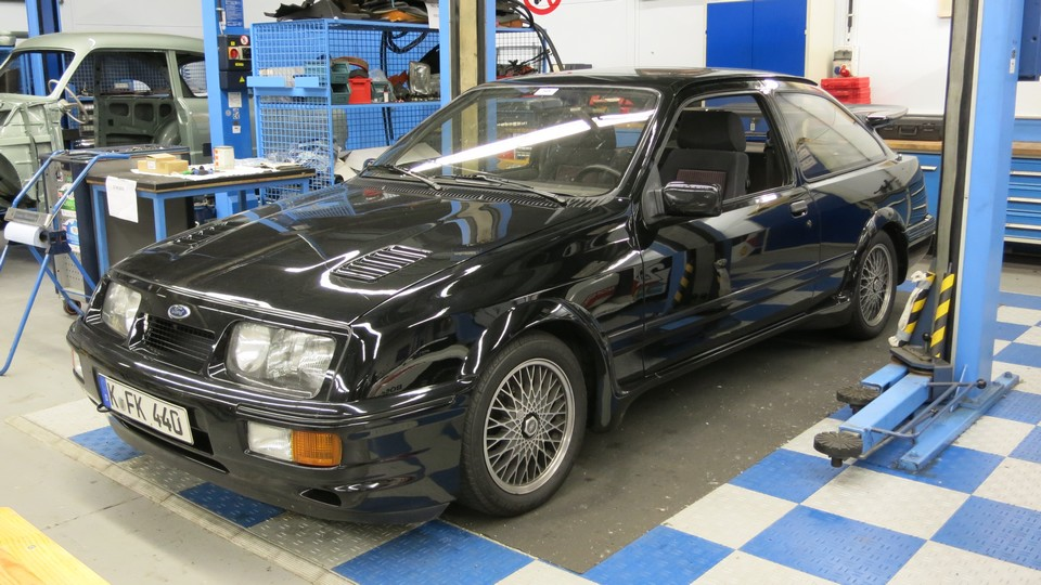ford-sierra-cosworth