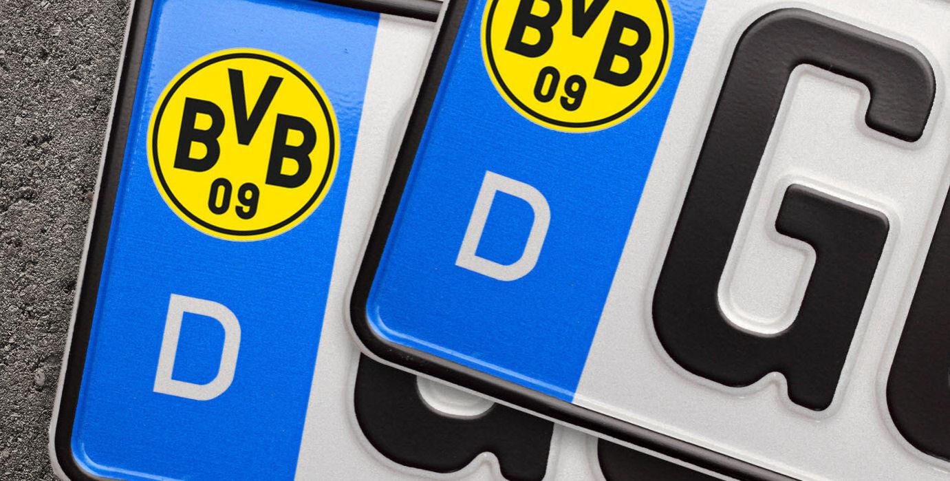 Kfz Kennzeichen Mit Sticker Zu Bekleben Ist Verboten