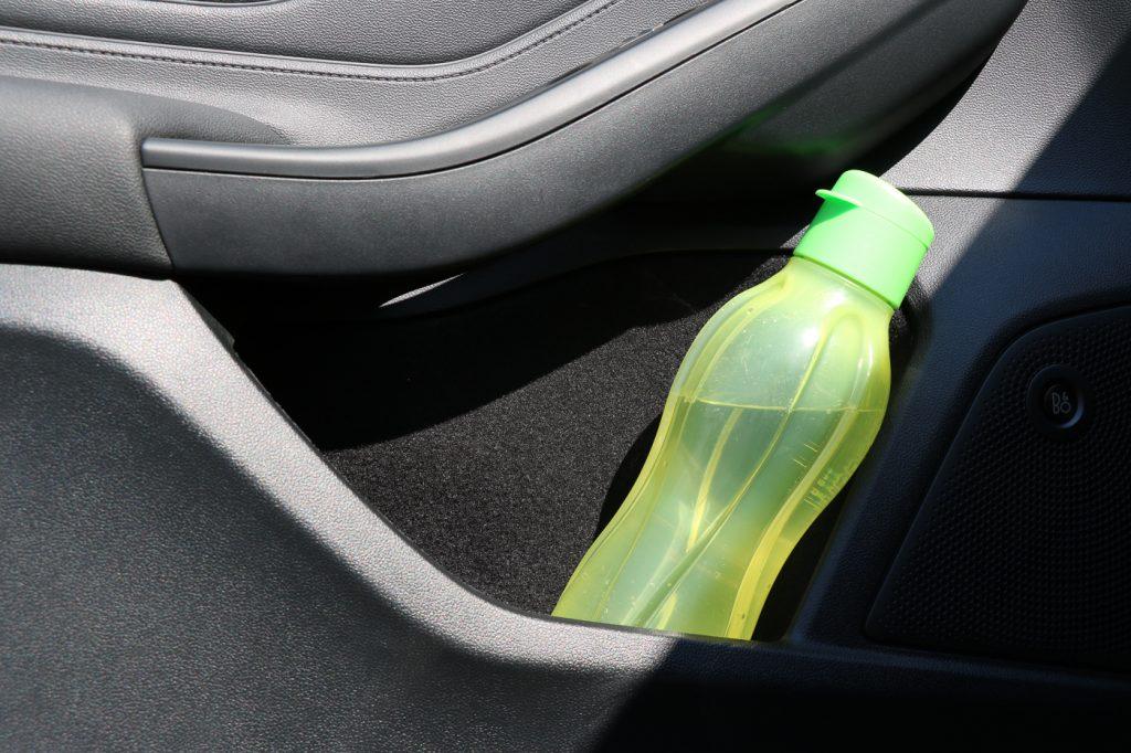 Darf man eigentlich Essen und Trinken im Auto?