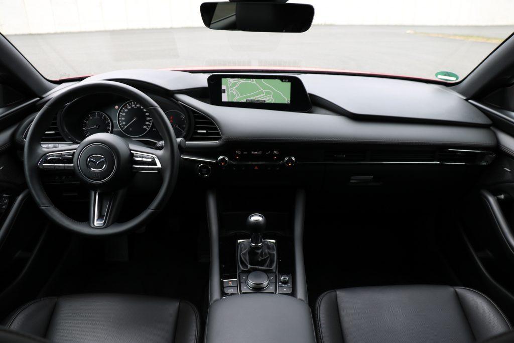 Moderner Fahrzeug-Innenraum!