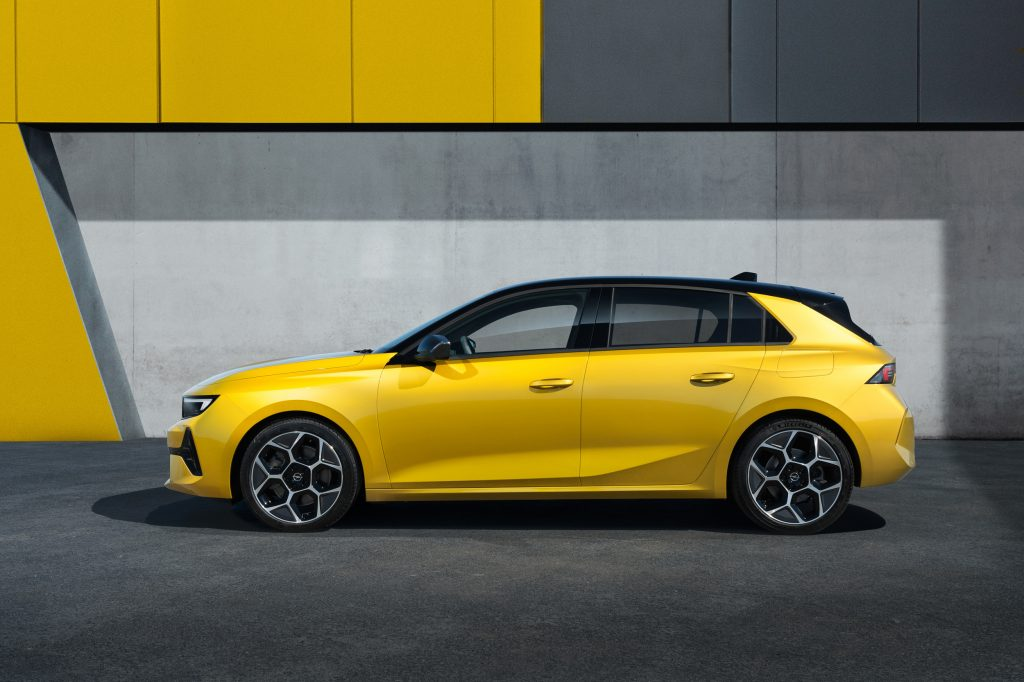 Der neue Opel Astra tritt auch weiterhin gegen den Golf an!
